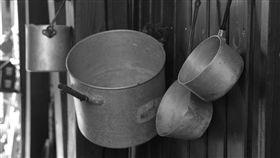 鐵鍋,鍋子,廚具,廚房,烹屍(示意圖/翻攝自pixabay)