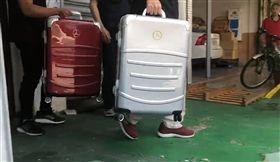 連千毅 賓士行李箱