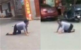 中國大陸,湖南省,老奶奶,學狗叫,學狗爬(圖/翻攝自微博)