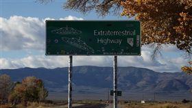 (美軍警告無用!飛碟迷湧美國華達小鎮 朝聖「神秘51區」) 美國,51區,外星人,華達州 (圖/翻攝自Pixabay)