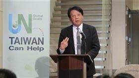 蔡鴻德紐約演講  呼籲聯合國接納台灣環保署副署長蔡鴻德20日在紐約演講時說,台灣人民熱情且具有高度環保意識,樂意與其他國家合作,台灣能協助落實聯合國的全球目標。中央社記者尹俊傑紐約攝  108年9月21日