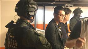 連千毅,組織犯罪條例,直播主,南部打擊犯罪中心,被捕(圖/翻攝畫面)