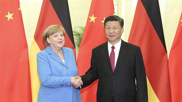 中國國家主席習近平2018年5月24日,在北京人民大會堂與德國總理梅克爾舉行會晤。(圖/翻攝自中新網)