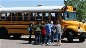 酒駕,校車,司機,喝酒,闖紅燈,學生,攔截,逃離,駕駛,學校,行程 示意圖/翻攝自維基百科
