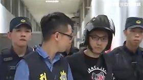 千毅被以犯罪嫌疑重大,被移送高雄地檢署複訊。(圖/翻攝畫面)