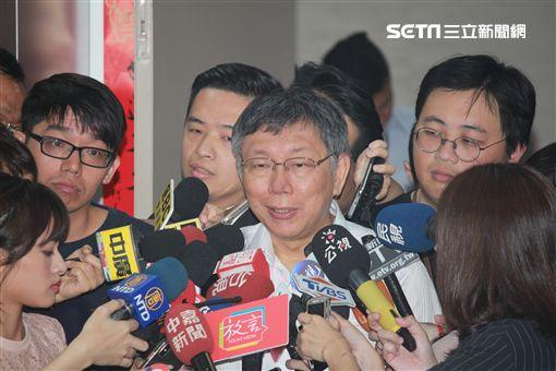 柯文哲聯訪 記者李依璇攝影