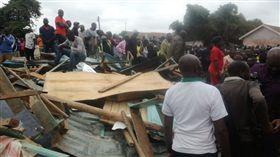 肯亞首都奈洛比一所學校「Precious Talent Top School」教室坍塌(圖/翻攝自推特)