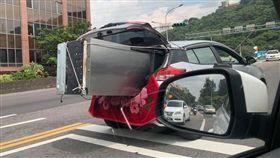 冰箱,車廂,搬運費,電器,損壞  圖/翻攝爆料公社二社