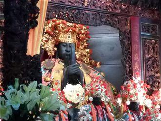 嘉義三百年城隍廟 首頂國家認證神轎