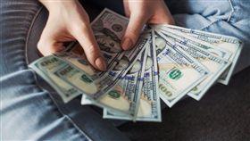 有錢,發大財,翻攝自pixabay