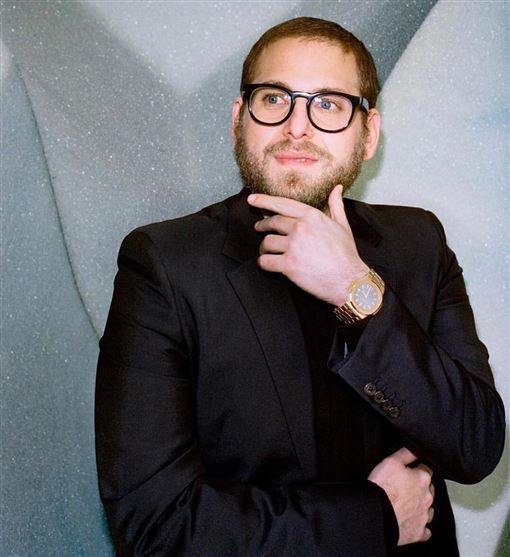 《新蝙蝠俠》(The Batman)導演一位,目前卡司除了主角「暮光男」羅伯派汀森(Robert Pattinson) 將飾演年輕版蝙蝠俠外,反派企鵝人(Penguin)的演員也有消息,《華爾街之狼》的綠葉強納希爾(Jonah Hill)傳出與團隊接洽中。 IG