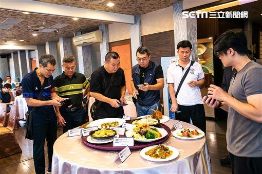 中華餐旅協會主辦「臺灣好畜多行銷嘉年華」現場邀請5家知名餐廳主廚展示10道豬肉創意料理。(中華餐旅協會提供)