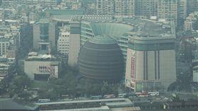 京華城再度流標京華城購物中心去年12月首次標售時無人投標,京華城修改投標方式舉行第2度標售,29日開標,最終仍以流標作收。中央社記者徐肇昌攝 108年3月29日