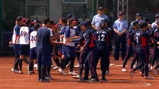 ▲中華女壘擊敗香港。(圖/翻攝自比賽畫面)