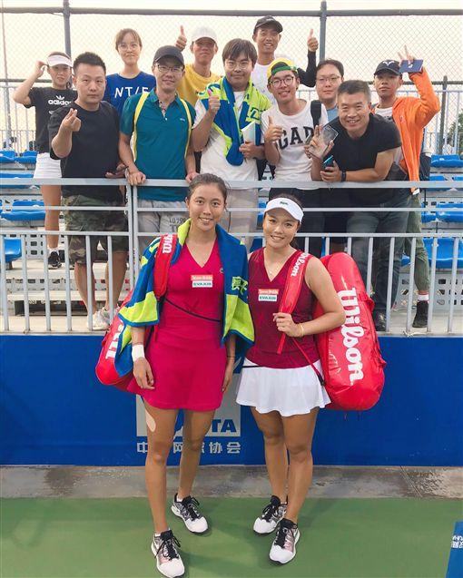 ▲詹家姊妹在武漢女網賽。(圖/取自詹詠然臉書)