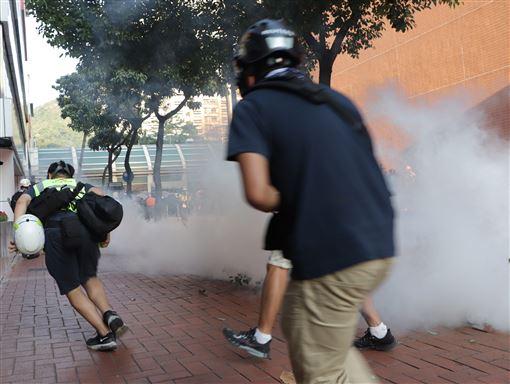 香港,反送中,警員遇襲,示威者,仇警情緒(圖/中央社)