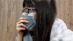 頭痛,焦慮,失眠,感冒,咳嗽,生病,女大生(圖/示意圖)