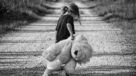 親情,勒索,酗酒,房租,父母(示意圖/pixabay)