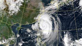 米塔颱風眼