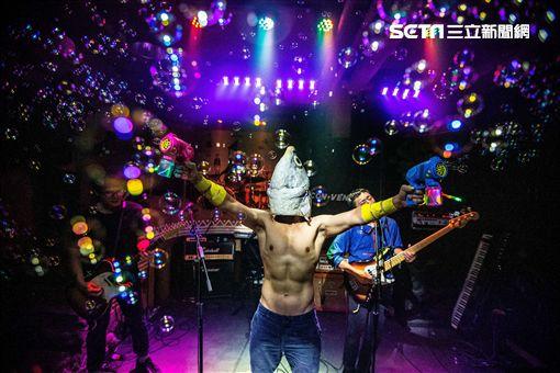 麋先生首爾、台北連唱三天:美秀集團賣「聲」籌錢;拍謝少年吸粉功力一流 照片提供-新視紀整合行銷