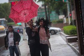 颱風米塔來襲 北部風雨增強中(3)