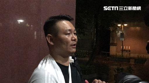 胡志偉被20萬元交保,強調自己原本只是要接近港獨人士,不知道被潑到紅漆的是何韻詩。(圖/記者楊佩琪攝)