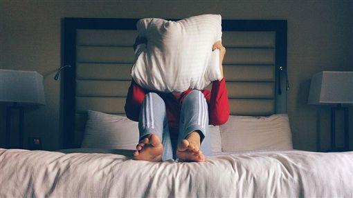 床、鬼壓床、睡覺(示意圖)/翻攝自pixabay