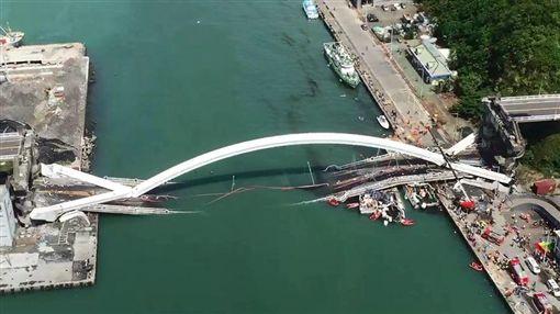 南方澳大橋空拍 空勤總隊攝影