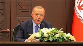 土俄伊三方峰會記者會(2)土耳其、俄羅斯、伊朗16日召開三方高峰會。土耳其總統艾爾段(圖)在聯合記者會中說,3方先前對敘利亞憲法委員會的歧見,現在已經解決。中央社記者何宏儒安卡拉攝  108年9月17日