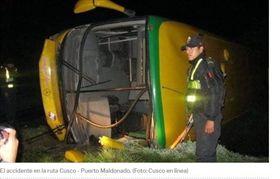 巴士,乘客,山谷,死亡(圖/翻攝自elcomercio)