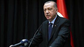 土耳其總統艾爾段1日表示,美國對於在敘利亞東北部設置安全地帶的事幾乎沒有動作,土耳其只能獨自行動。(圖取自facebook.com/RTErdogan)