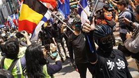 香港,反送中,示威,聲援,中槍學生(圖/翻攝自吳文遠臉書www.facebook.com/Ng.ManYuen) 中央社