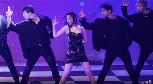 韓國女歌手善美中央大學校慶演出 翻攝自Youtube 비몽