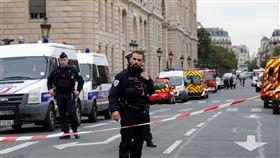 巴黎警署內男持刀攻擊!地鐵站緊急關閉 已知4人死亡(圖/路透社/達志影像)