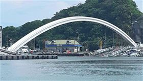 宜蘭縣,南方澳跨港大橋,崩塌,菲律賓籍,罹難者,家屬抵台(圖/中央社)