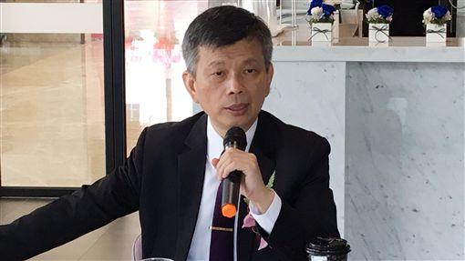 精測布局智慧製造  營運總部員工需求上千人中華精測總經理黃水可表示,精測布局智慧製造和探針卡產品,新營運研發總部估再增加1千名員工需求。中央社記者鍾榮峰攝  108年10月4日