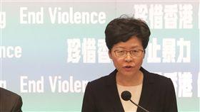 香港10/5起實施禁蒙面法 禁止示威者蒙面香港行政長官林鄭月娥4日宣布,港府將自5日起實施禁蒙面法,禁止任何人參加集會遊行時蒙面。中央社記者張謙香港攝 108年10月4日