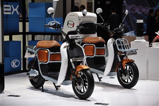 ▲KYMCO電動機車與車能網進軍荷蘭。(圖/KYMCO提供)