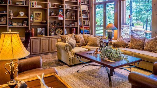 圖/翻攝自pixabayhttps://pixabay.com/photos/interior-living-room-furniture-room-1961070/