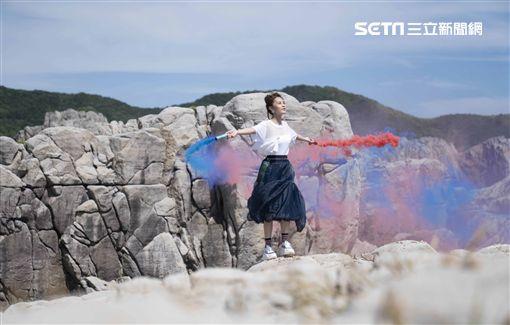 李佳歡「開放世界」MV  照片提供:游手好弦娛樂