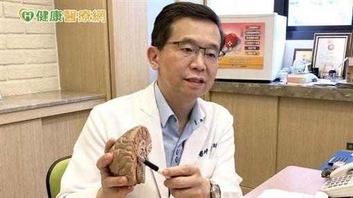 楊聰財醫師提醒關注銀髮族身心健康避免孤獨症候群找上門