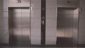 台灣奇談/多年後又上演!醫院電梯狂停9樓 逃出卻撞上…(圖/翻攝自Pixabay)