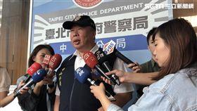 台北市中山分局偵查隊長吳坤財說明案情(楊忠翰攝)