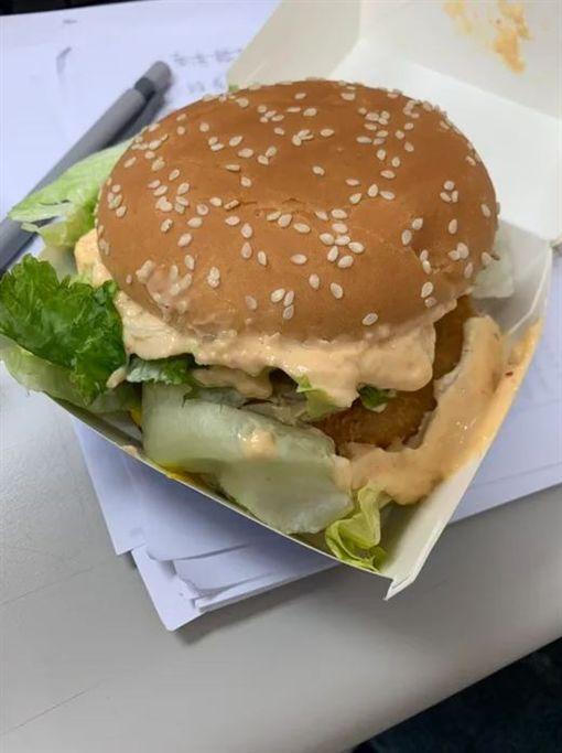 麥當勞客製化漢堡/dcard