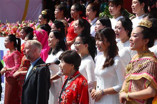 國慶大典,唱國歌,神父雷敦龢,六四事件,奉獻人權議題(圖/中央社)