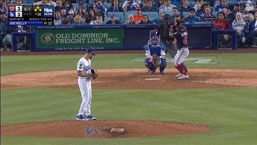 ▲肯德瑞克(Howie Kendrick)延長賽10局上轟出滿貫全壘打!。(圖/翻攝自MLB官網)