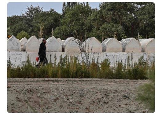 中國,根除,新疆維吾爾族,身分認同,破壞墓地(圖/截圖自推特)