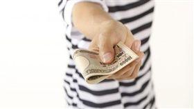 (圖/免費圖庫PhotoAC)借錢,給錢