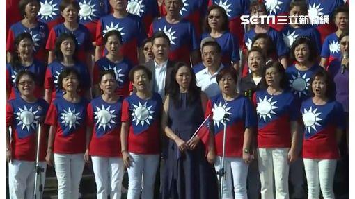 李佳芬參加國民黨與松濤社循例舉辦的國慶盛典 記者李依璇攝影