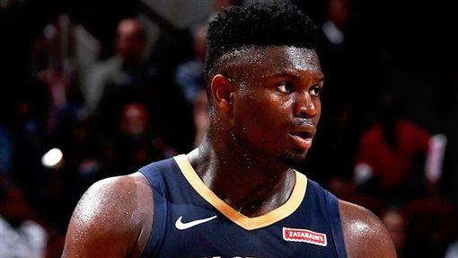 NBA/狀元狂轟29分…僅失手一次NBA,紐奧良鵜鶘,選秀,狀元,Zion Williamson翻攝自NBA官方推特
